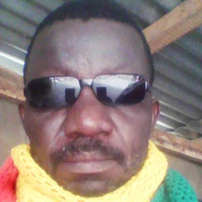 Parakou : Pour incompatibilités et convenance personnelle, l'artiste Général Grazy en a marre et quitte la Fédération des Artistes pour une Nouvelle Orientation de la culture Béninoise.